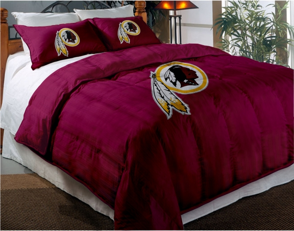 Washington Redskins NFL Twin Chenille Embroidered Comforter Set with 2 600x471