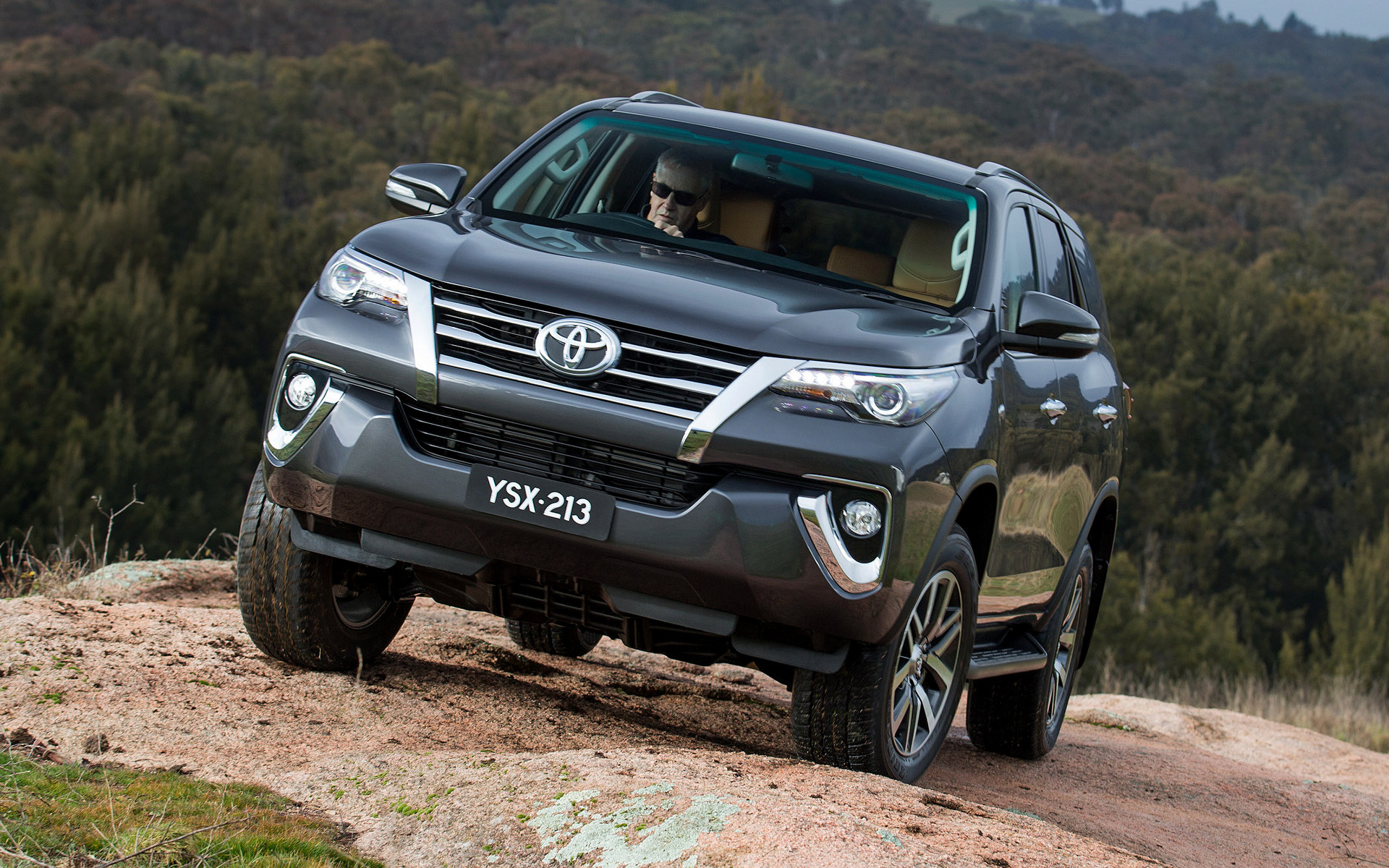 2015 Toyota Fortuner AU   Wallpapers and HD Images Car Pixel 1920x1200