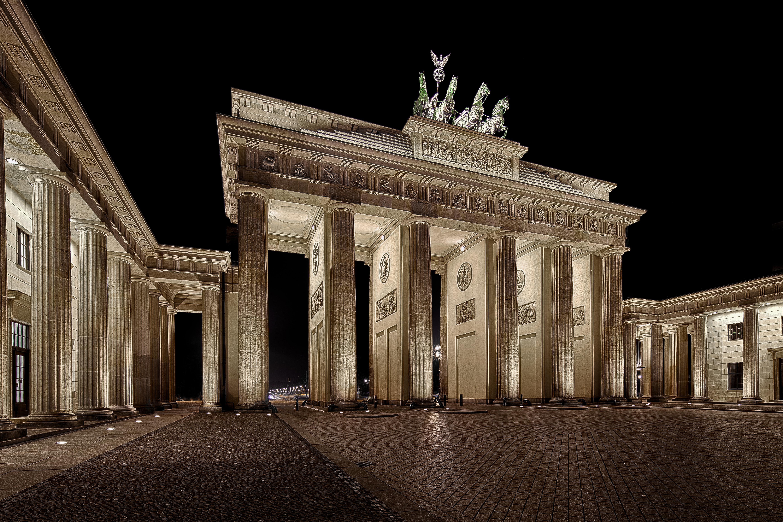 15 Brandenburg Gate HD Wallpapers Background Images   Wallpaper 5614x3743