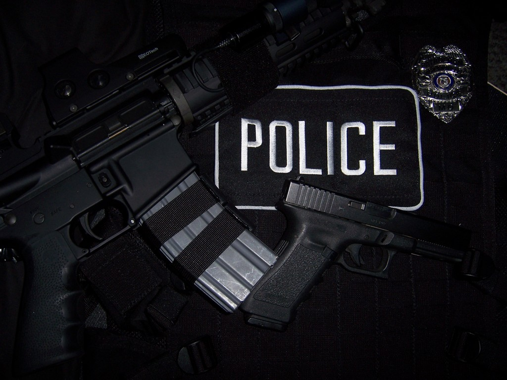 Police Officer Free Wallpaper Background For C #11647 Wallpaper | Cool ...