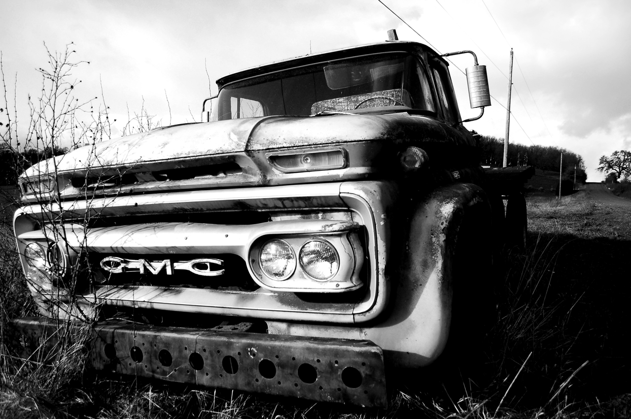 Country truck wallpaper