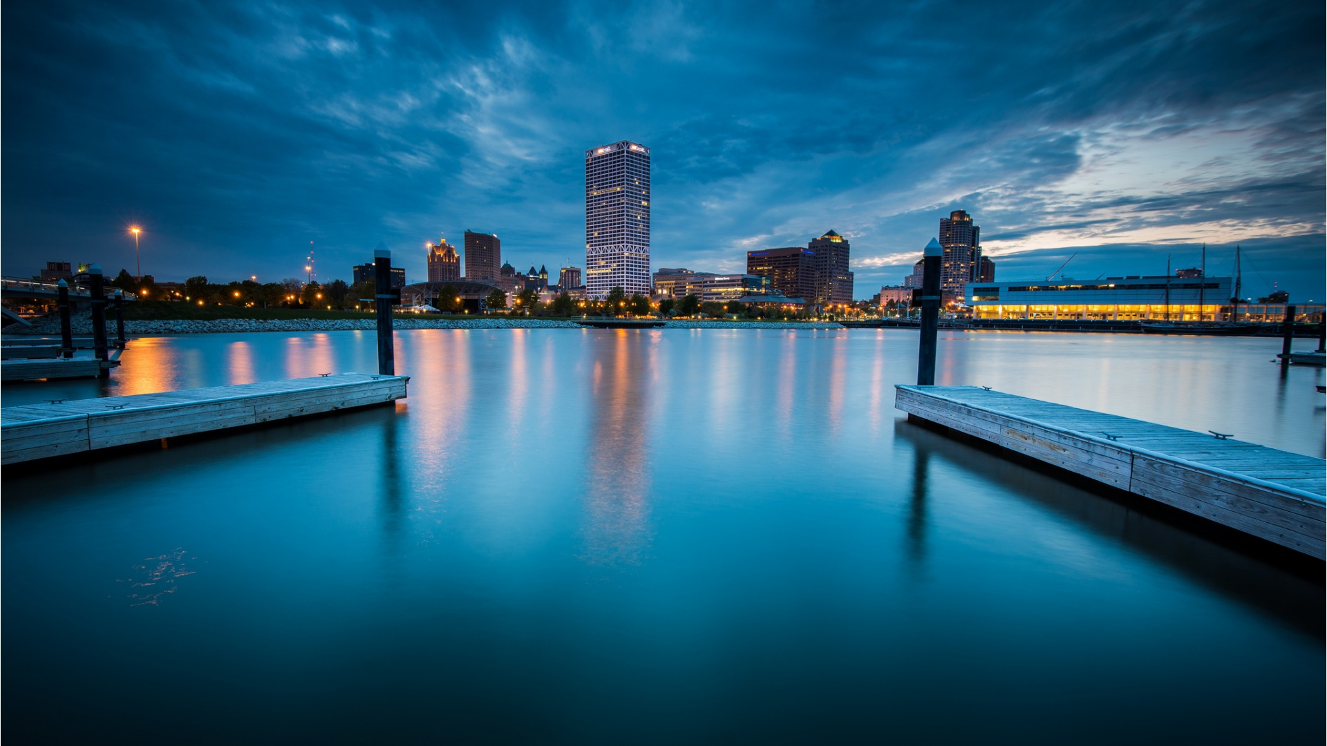 Milwaukee City Night Wallpapers   1920x1080   468771 1920x1080