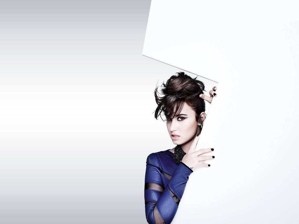 Demi Lovato 2015 Wallpapers 1024x768