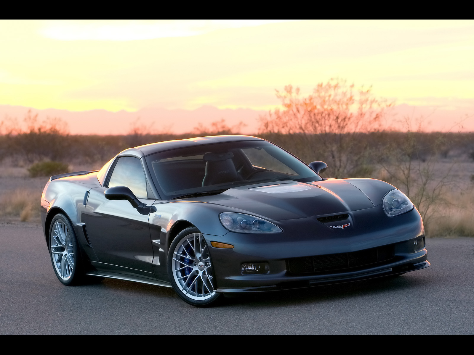 Desktop wallpaper downloads 2009 Chevrolet Corvette ZR1 Grey 1600x1200