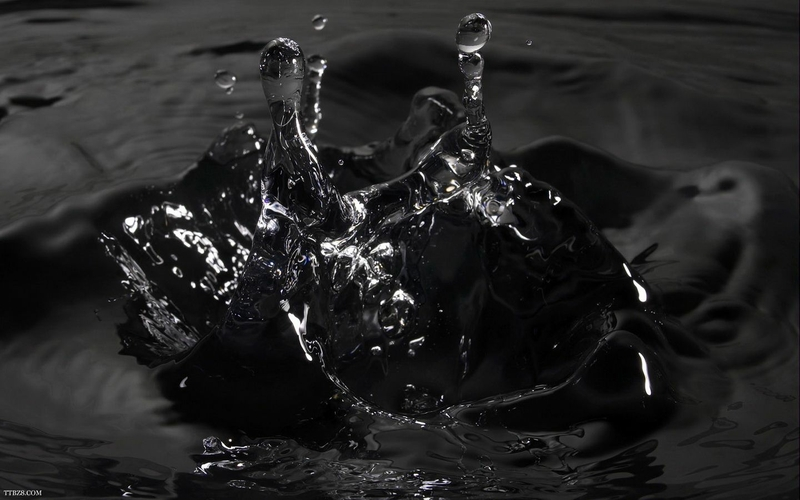 preview Black Water Wallpaper Download 800x500