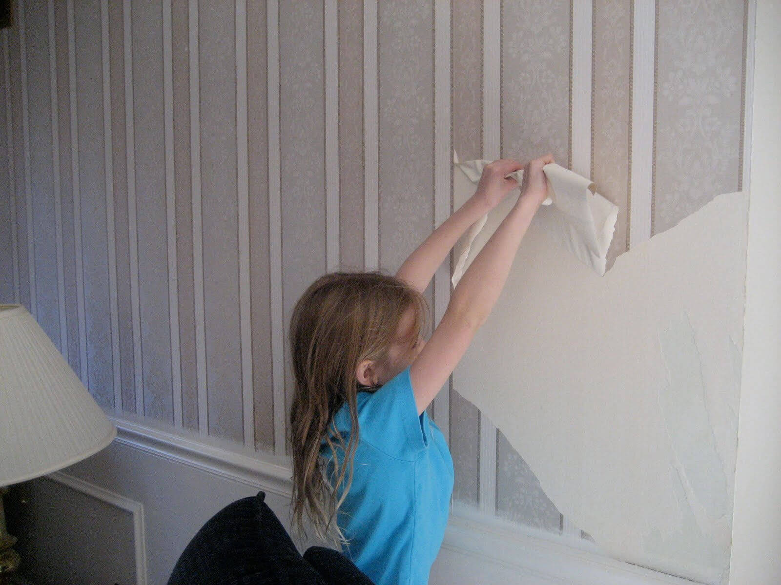 how to take off old wallpaper glue