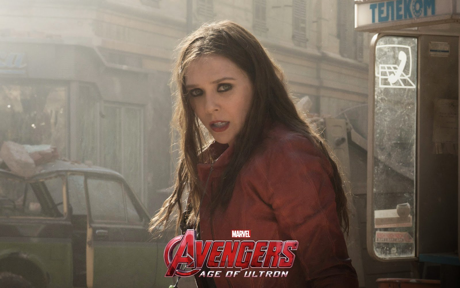 elizabeth olsen avengers 2 age of ultron poster scarlet witch costume 1600x1000