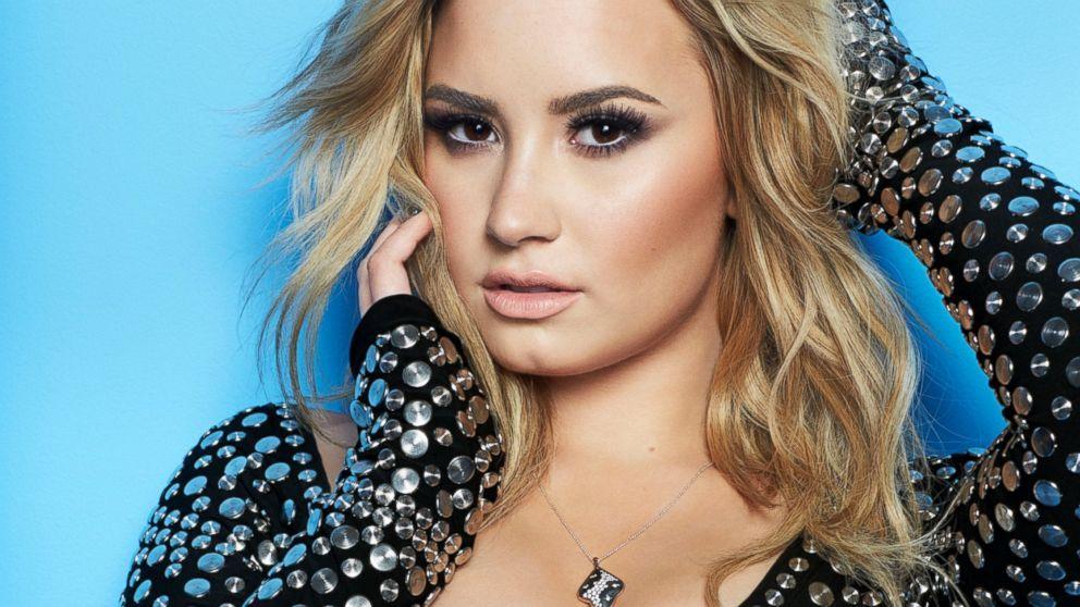 Wallpapers De Demi Lovato 2015 992x558