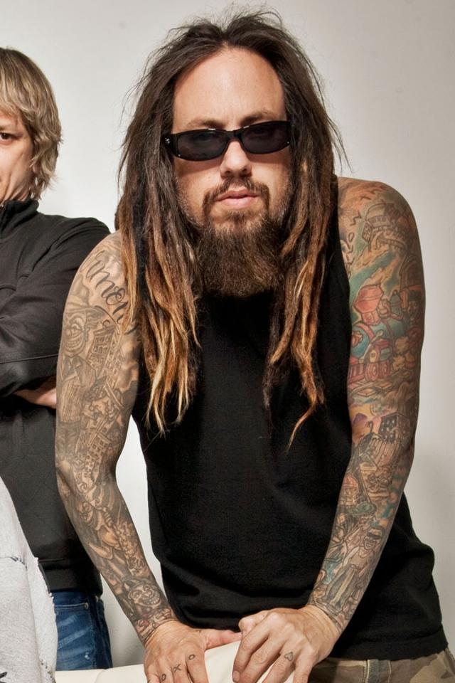 Tattoo Dreadlocks Beard Band Wallpaper Background iPhone 4S 4 640x960