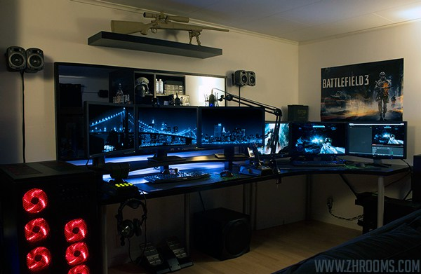 30 Coolest and Inspiring Multi monitor Gaming setups 600x391
