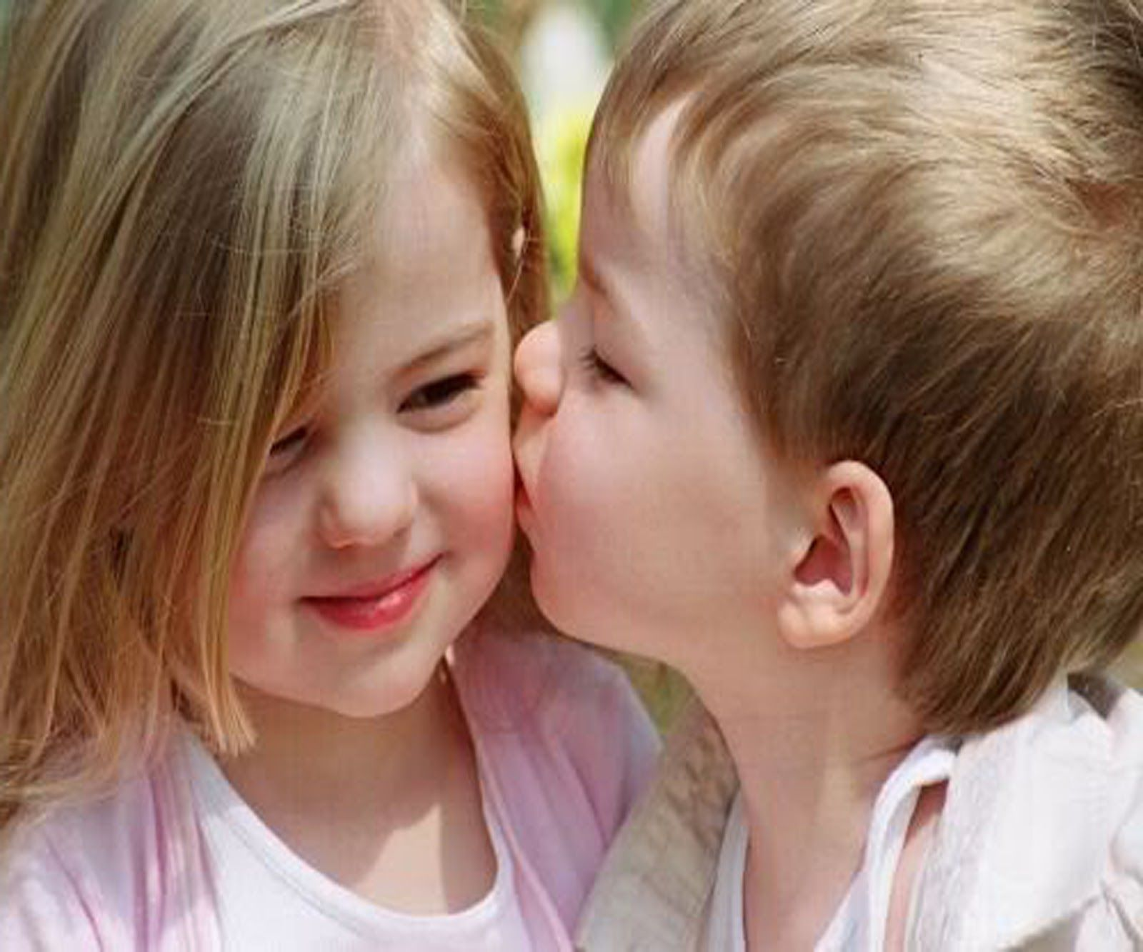 17 Best images about Baby kisses Baby kiss New 1600x1333