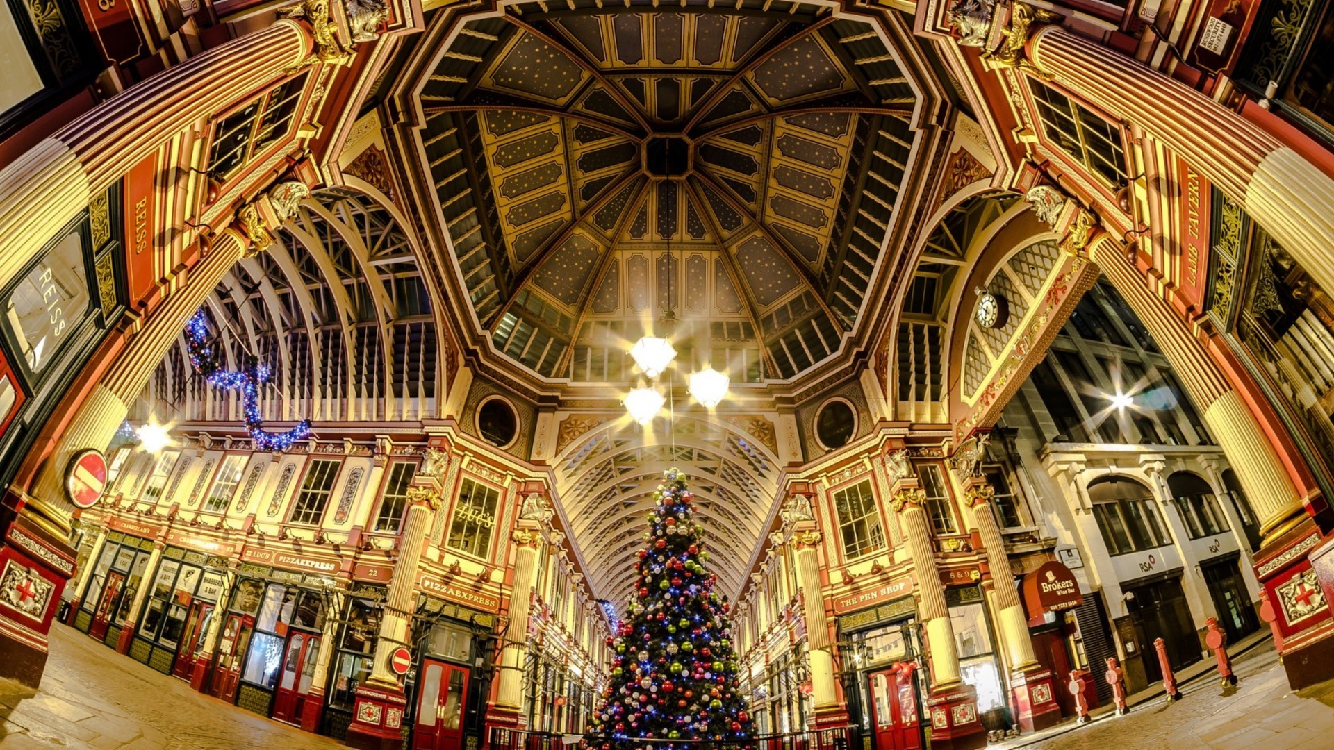 London street at christmas in fish eye wallpaper 1920x1080