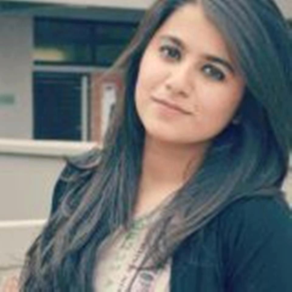 Free Download Pakistani Girl Wallpaper Wallpapersdenn