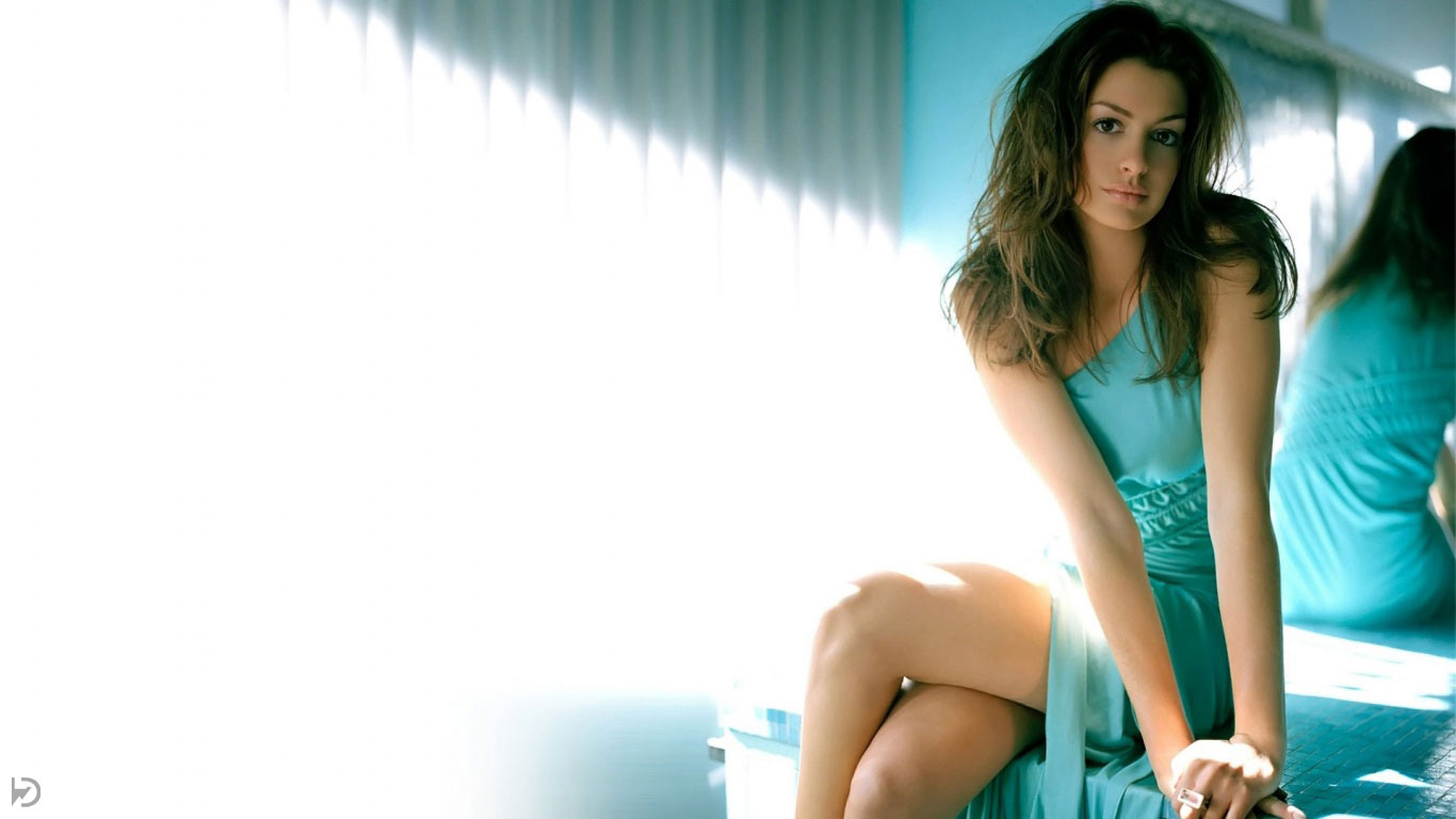 Audio and Video English Songs Hollywood actress HD Wallpaper for Pc 1366x768