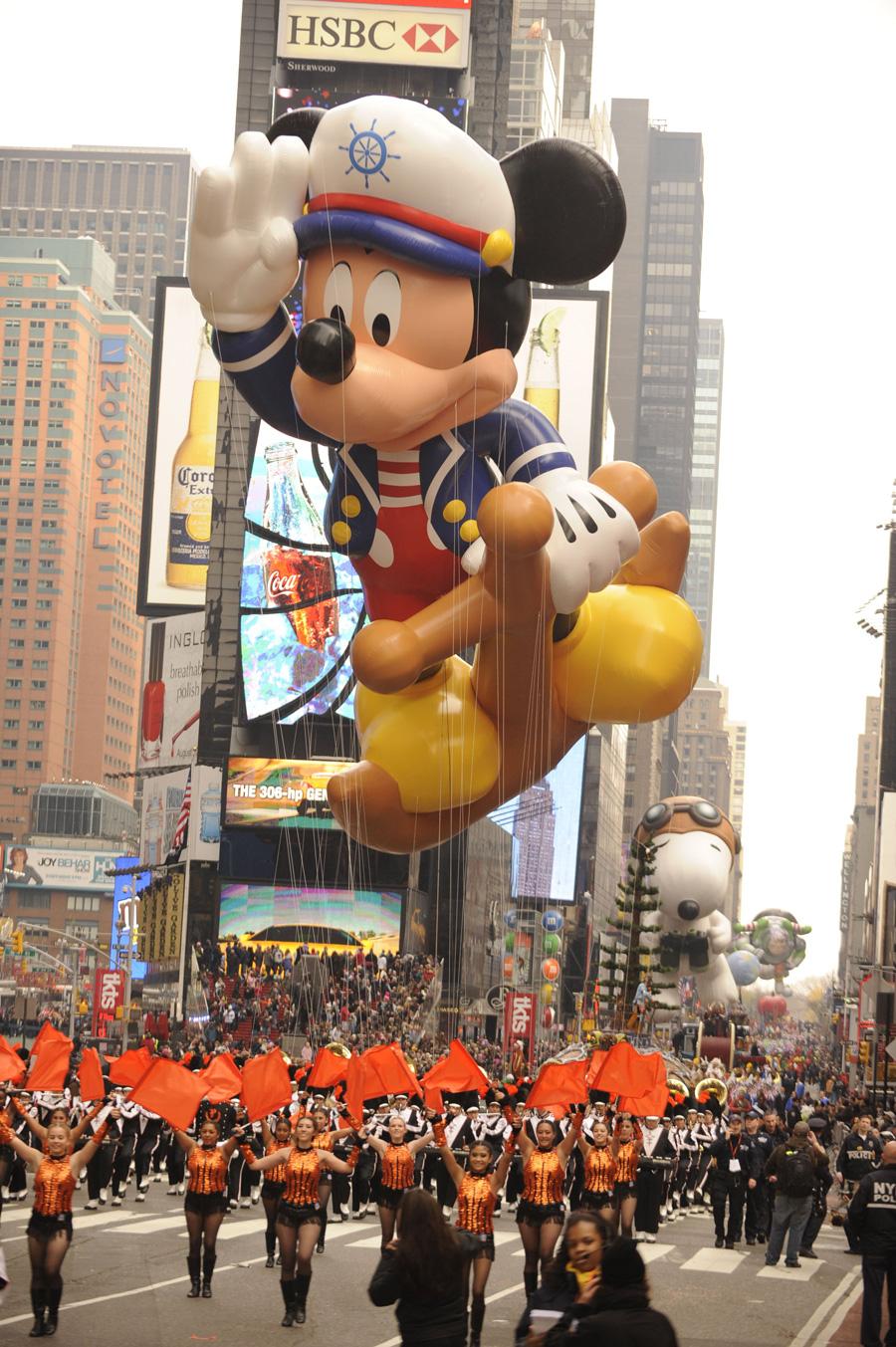 This Week in Disney History Mickey Debuts in the Macys 900x1353