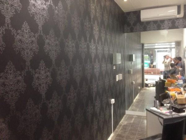 Nail Salon Wallpaper Photos of damask wallpaper 600x450