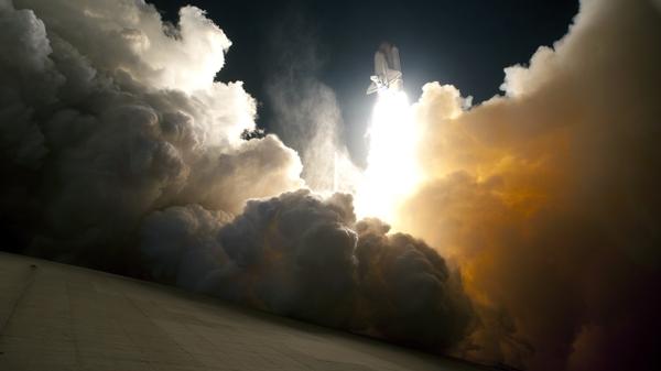 ... space smoke space shuttle nasa liftoff rocket 2560x1440 wallpaper