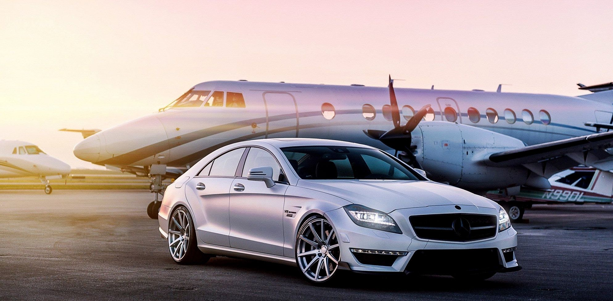 Luxury Lifestyle Management Wallpapers   Private Jet And Car 1988x978