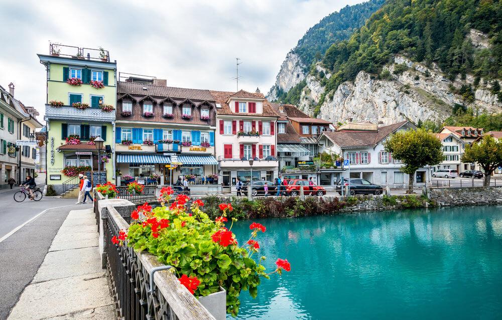 Interlaken   Switzerland Photo 40681214 1000x639