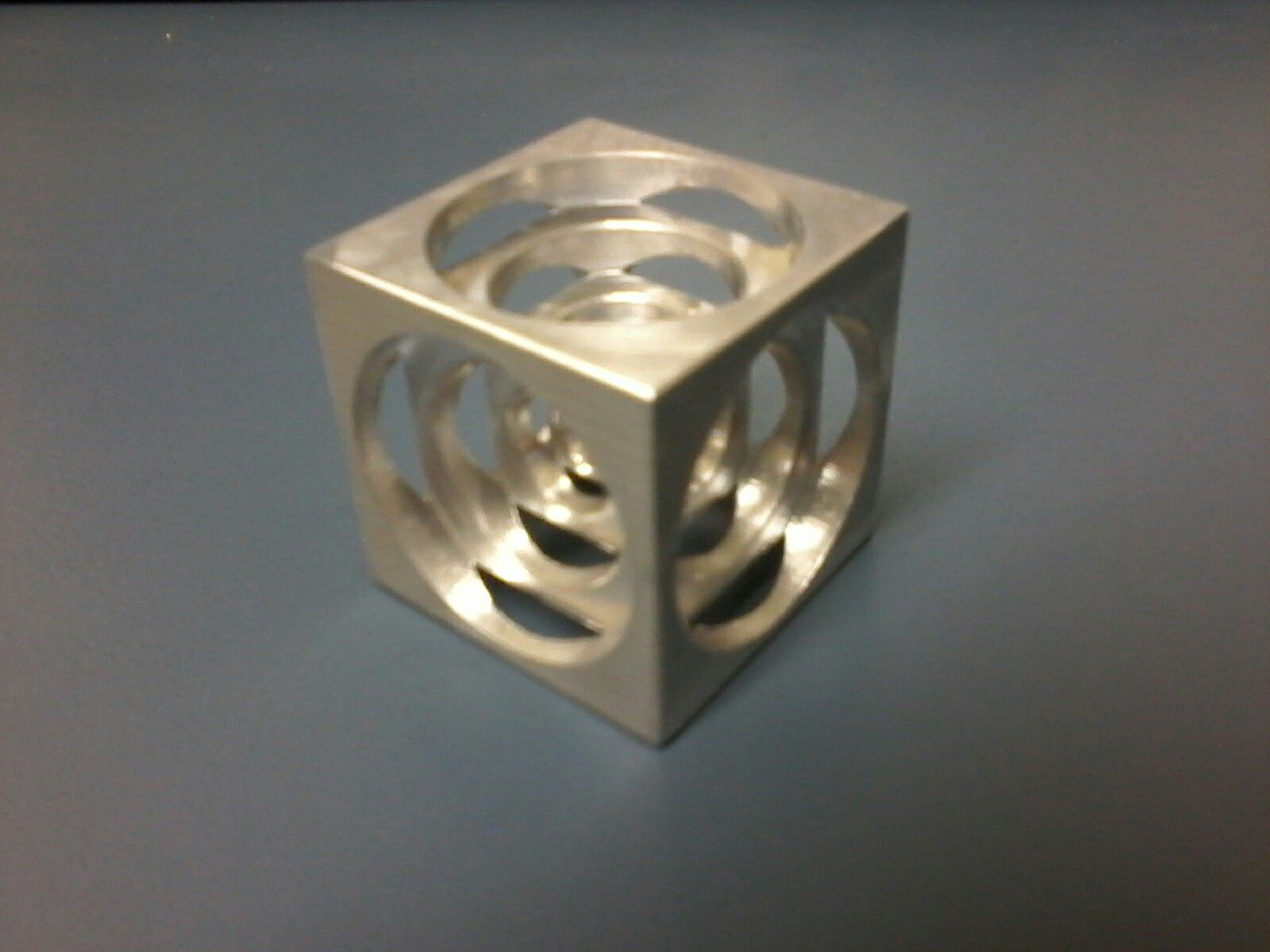 Turners cube a long traditional exercise for apprentice machinists 1600x1200