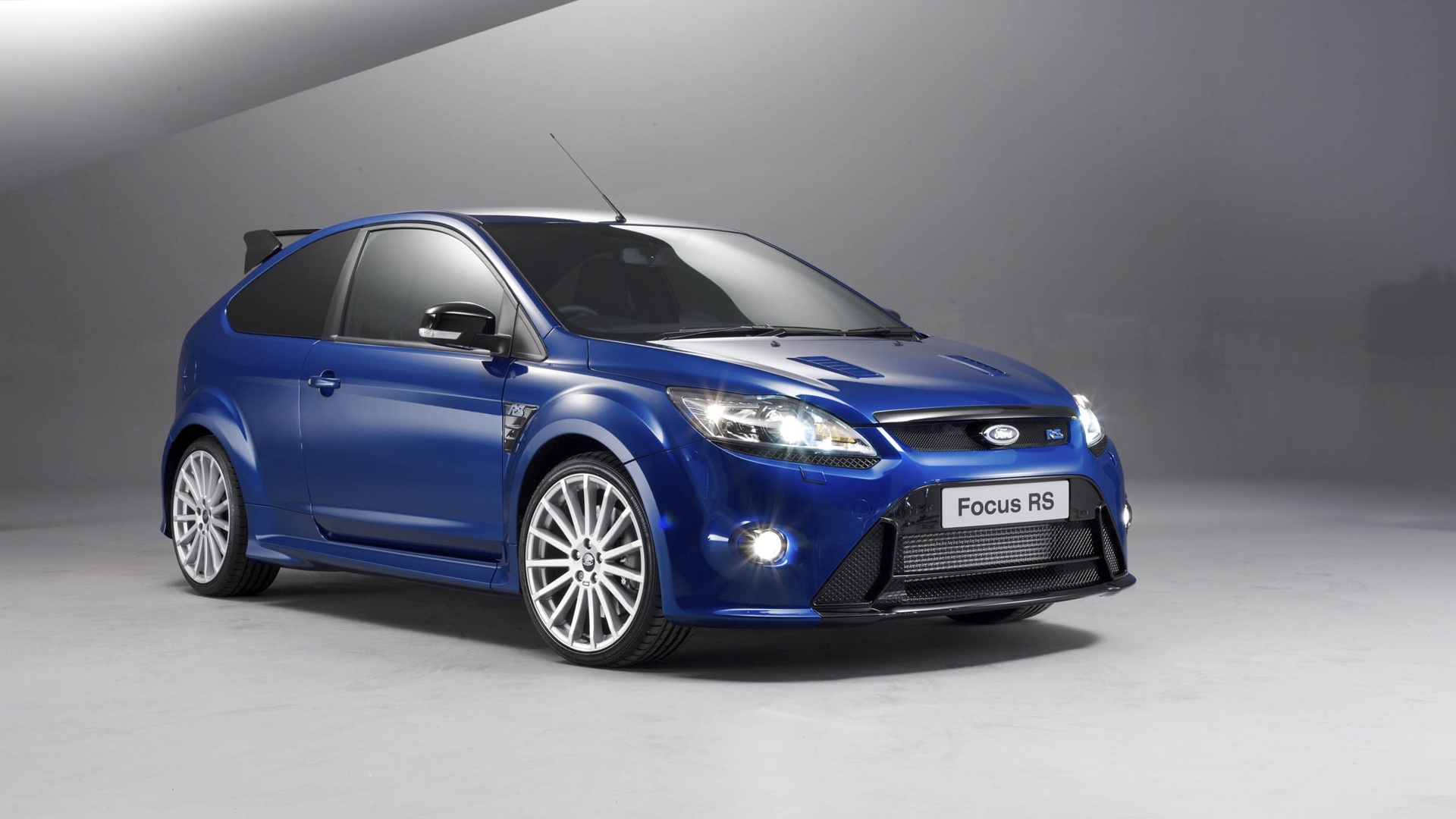 Ford Focus RS 2009   High Definition Wallpapers   HD wallpapers 1920x1080