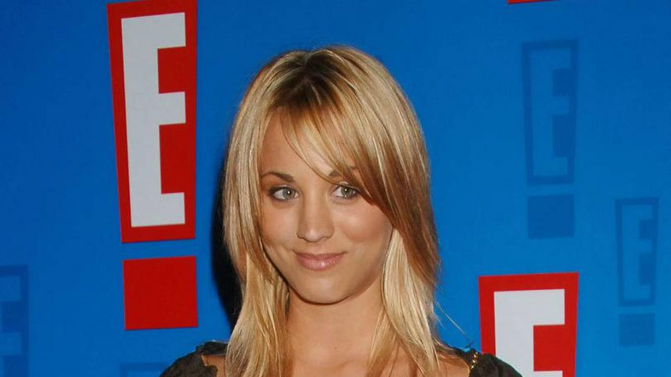 Kaley cuoco wallpaper [3] HQ WALLPAPER   12176 1366x768