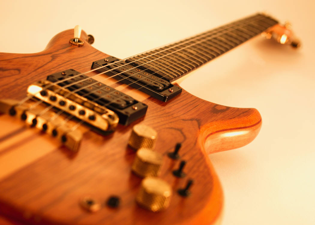 Guitar Wallpaper   Electric Guitar with Wooden Body   1050x750 1050x750