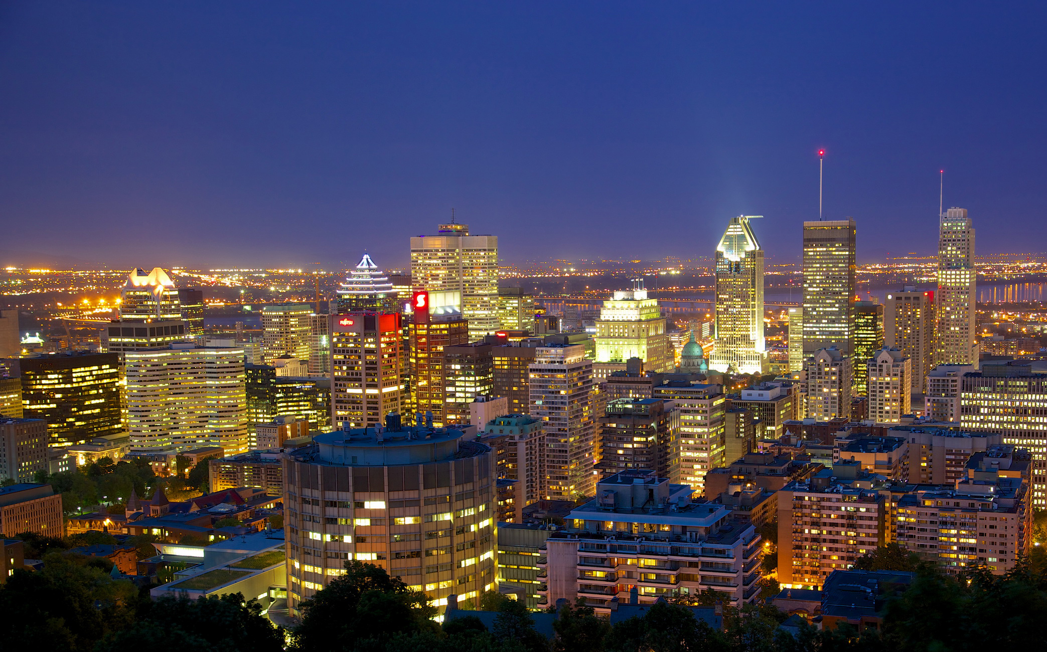 Montreal canada wallpaper 2087x1300 220418 WallpaperUP 2087x1300