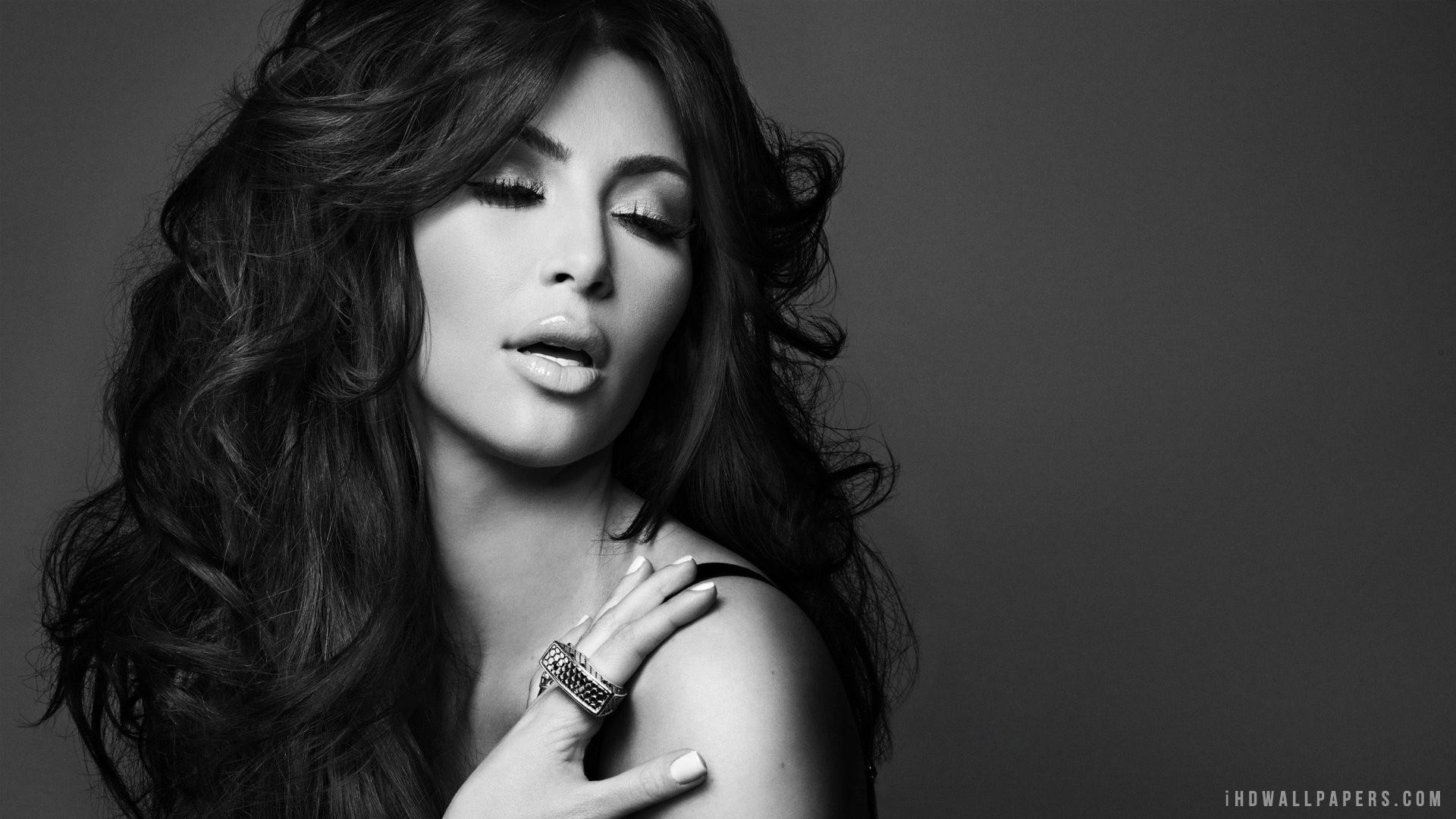 Kim Kardashian Wallpaper 1920x1080