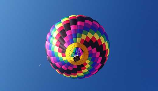 Colorful hot air balloon download wallpapers 520x300