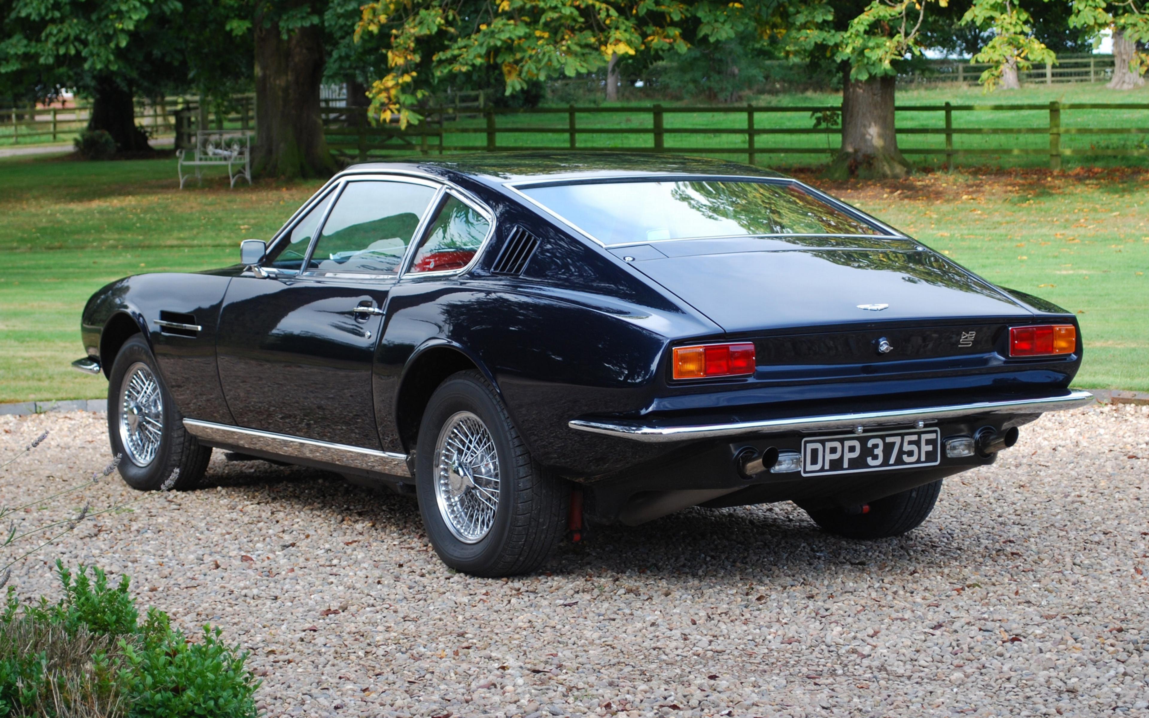 Download Wallpaper 3840x2400 Aston martin Dbs 1967 Blue Rear view 3840x2400