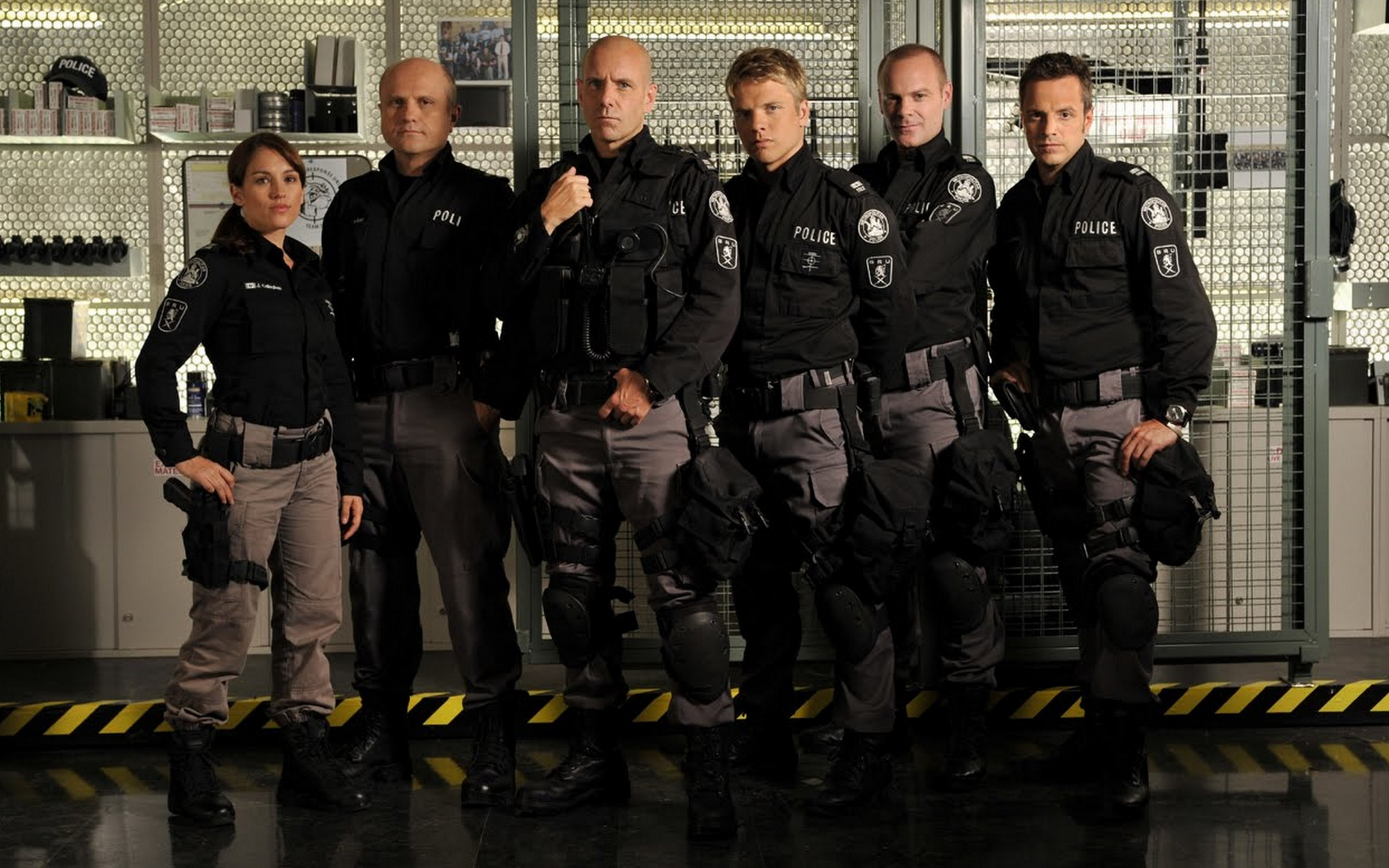 Flashpoint images Flashpoint wallpaper   Cast wallpaper photos 2560x1600