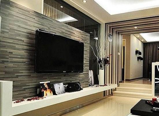 The Best Way to Hang Wallpaper 550x400