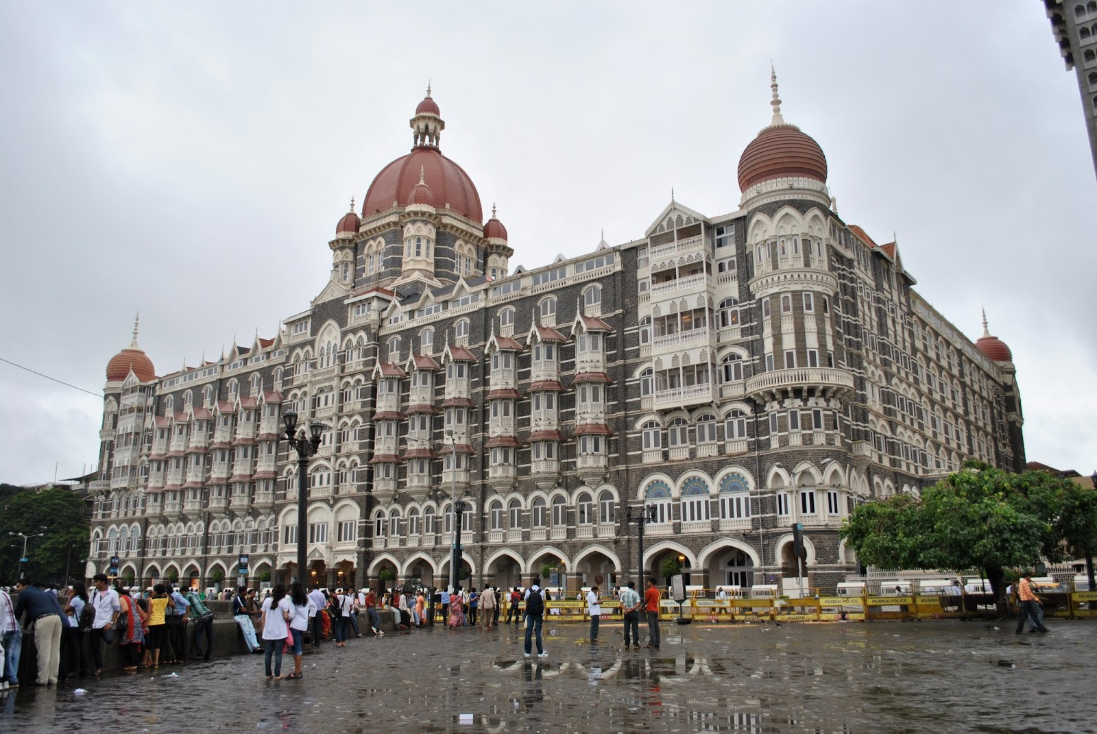hotel mumbai hd wallpapers download 1080p Fine HD Wallpapers 1600x1071