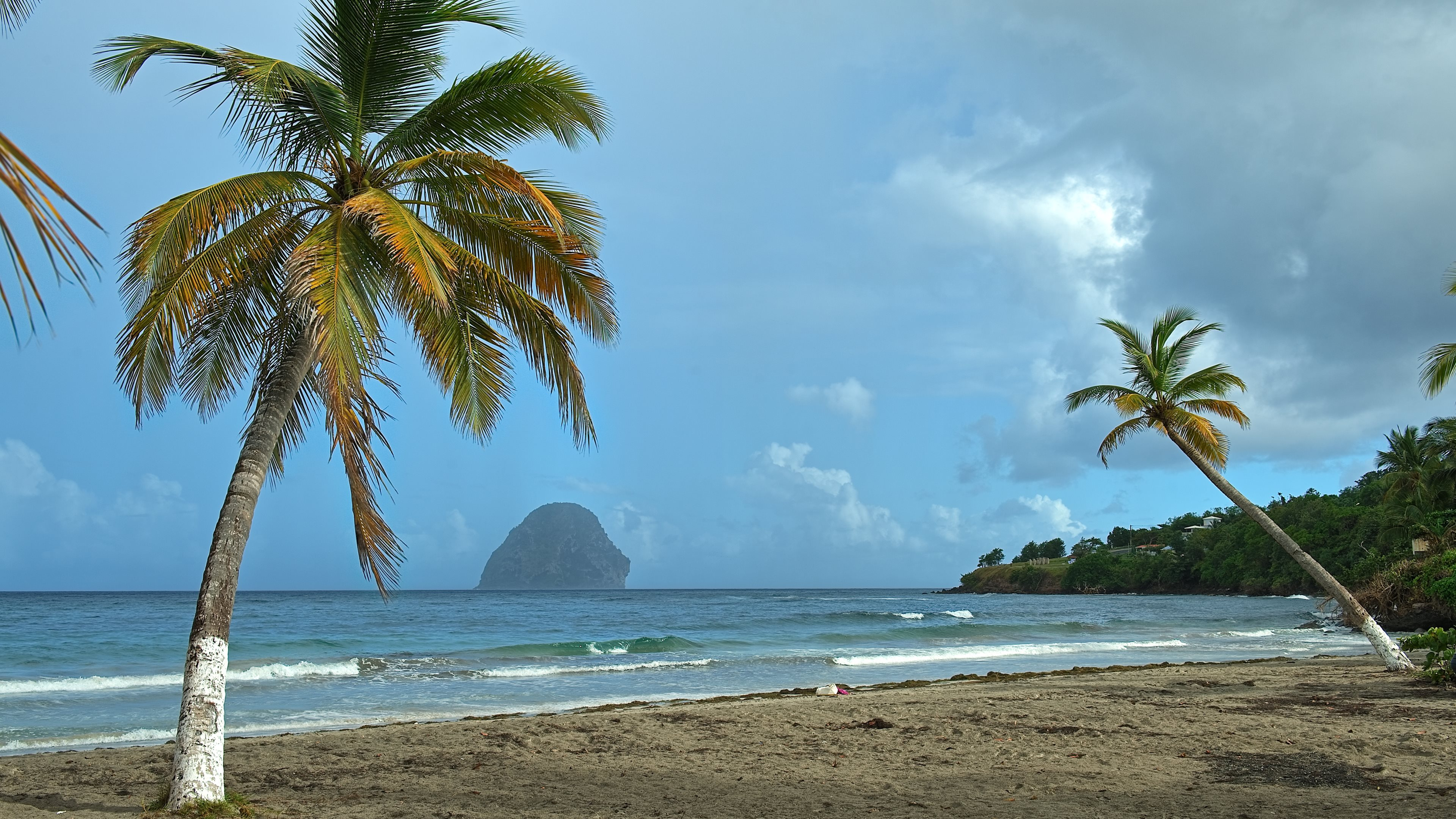 View from Martinique island in the Lesser Antilles in the eastern 3840x2160