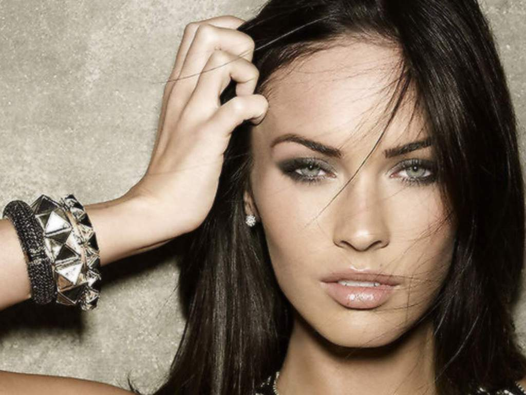 All Top Hollywood Celebrities Megan Fox Wallpapers HD 1024x768