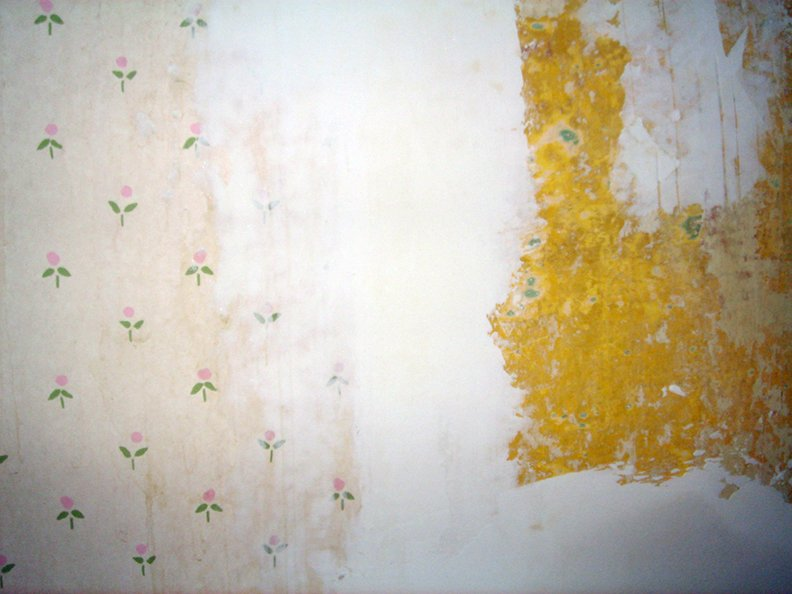 drywall mud over edges of wallpaper 792x594