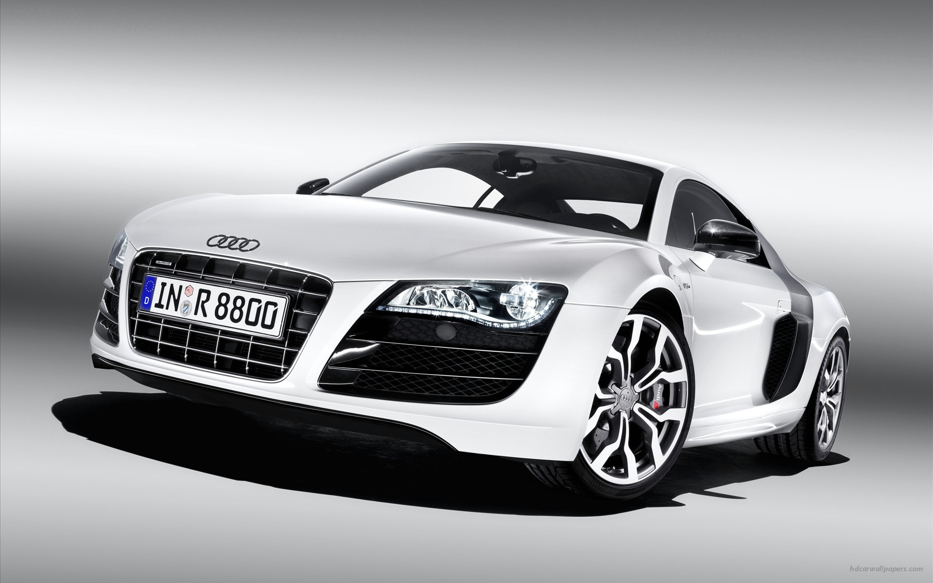 Audi R8 v10 4 Wallpapers HD Wallpapers 1920x1200