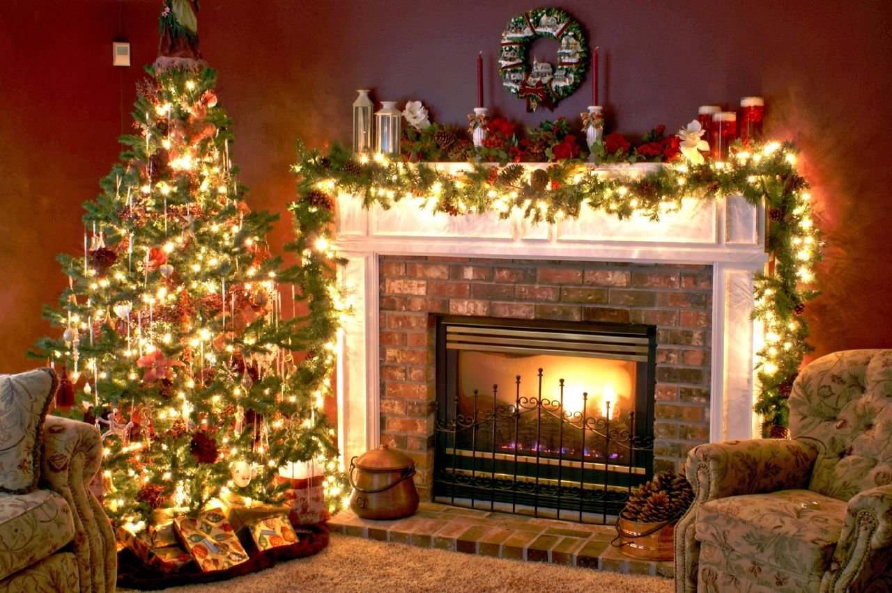 download Christmas Tree and Fireplace Wallpapers Pictures 1280x852