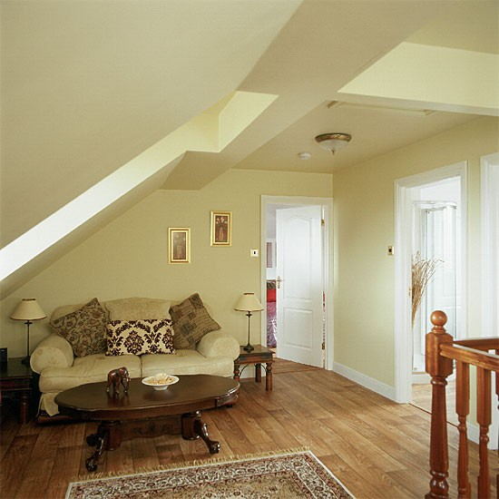 550x550px wallpaper stairs ideas wallpapersafari - How to wallpaper stairs and landing ...