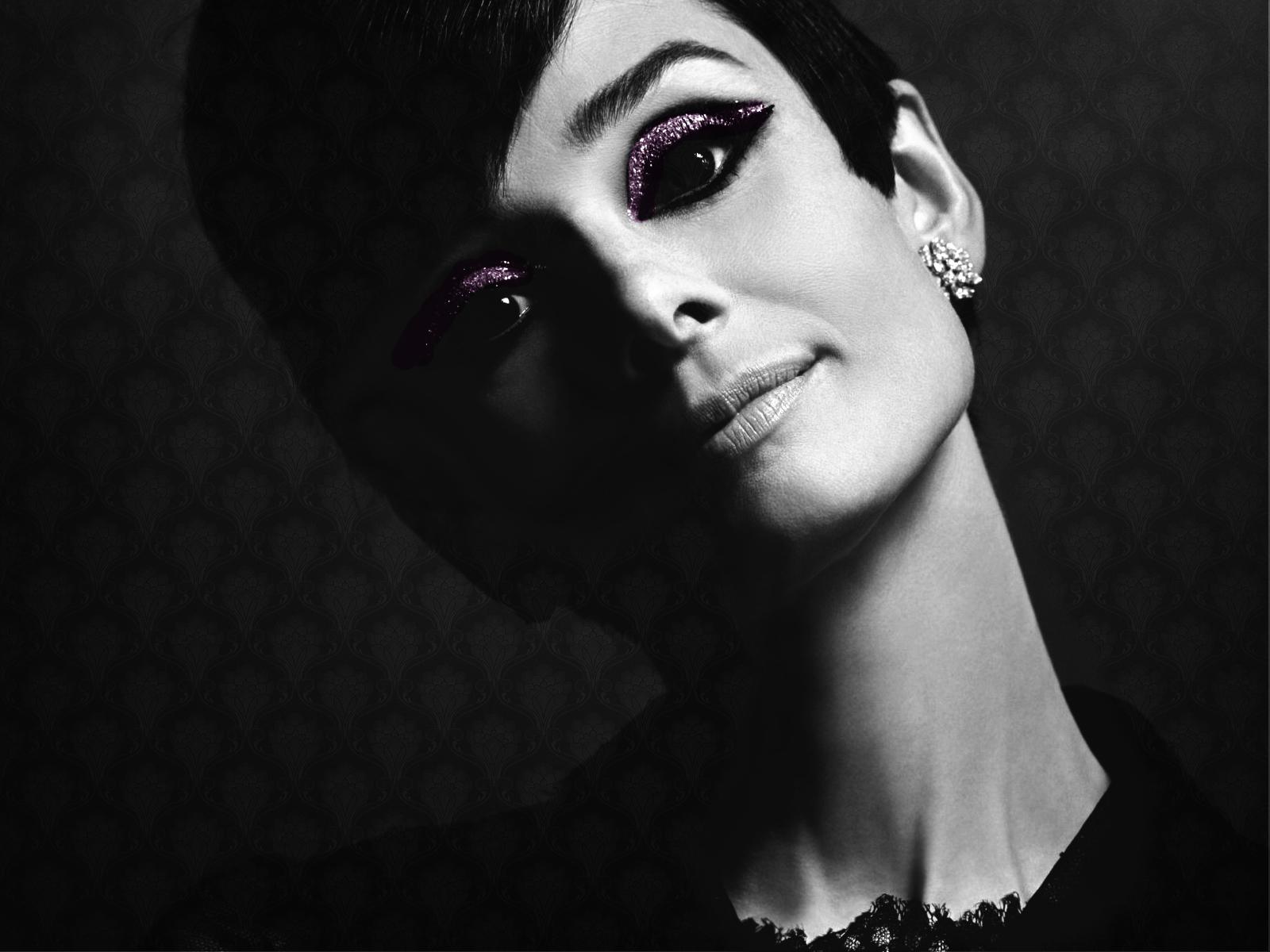audrey   Audrey Hepburn Wallpaper 8870761 1600x1200