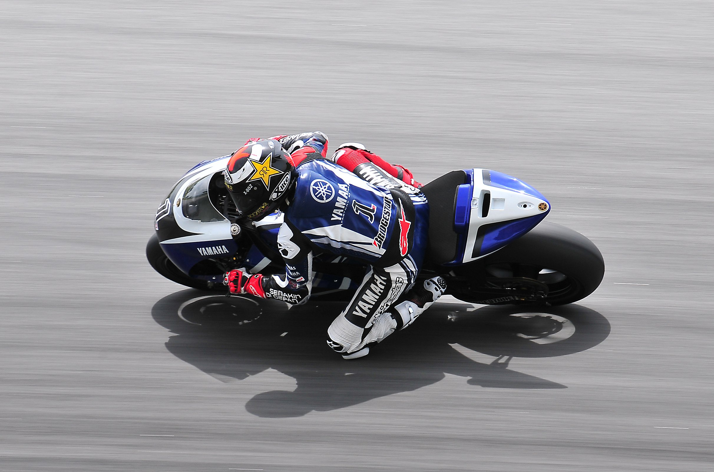 Full HD Jorge Lorenzo Race MotoGP Wallpaper Widescreen 2424x1602