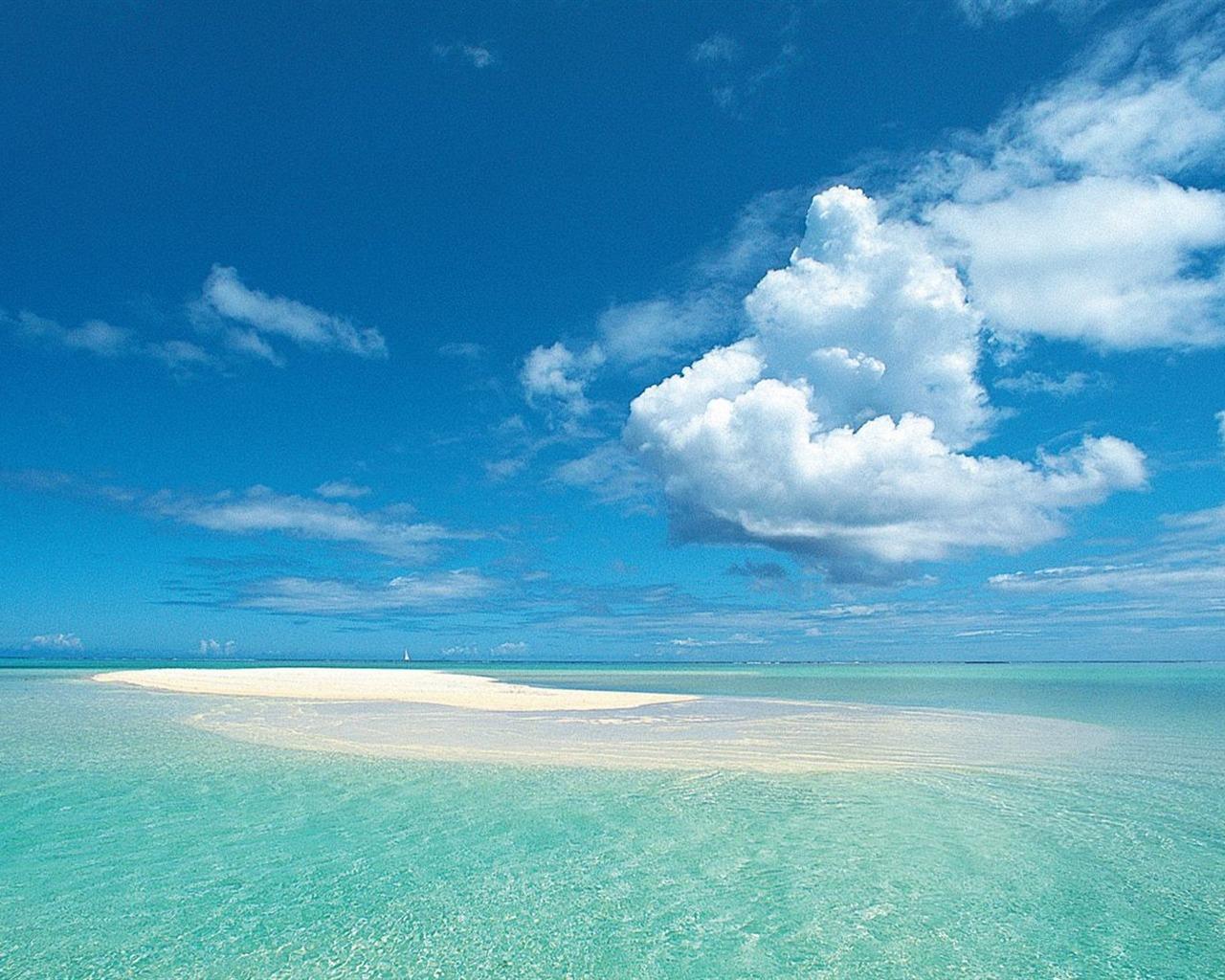 Tahiti  Bora Bora shallow water wallpaper Current Size 1280 x 1024 1280x1024