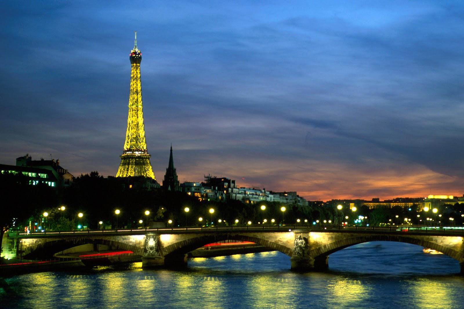 Paris at Night Wallpaper 1600x1066