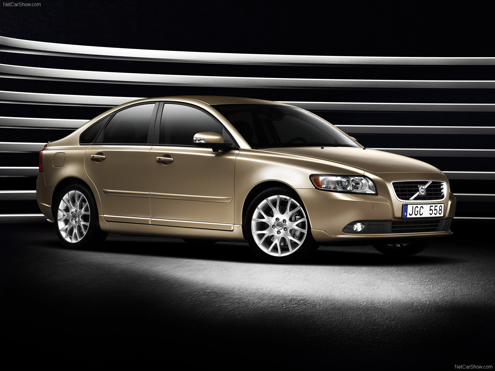 Beautiful car Volvo s40 wallpapers and images   wallpapers 1600x1200