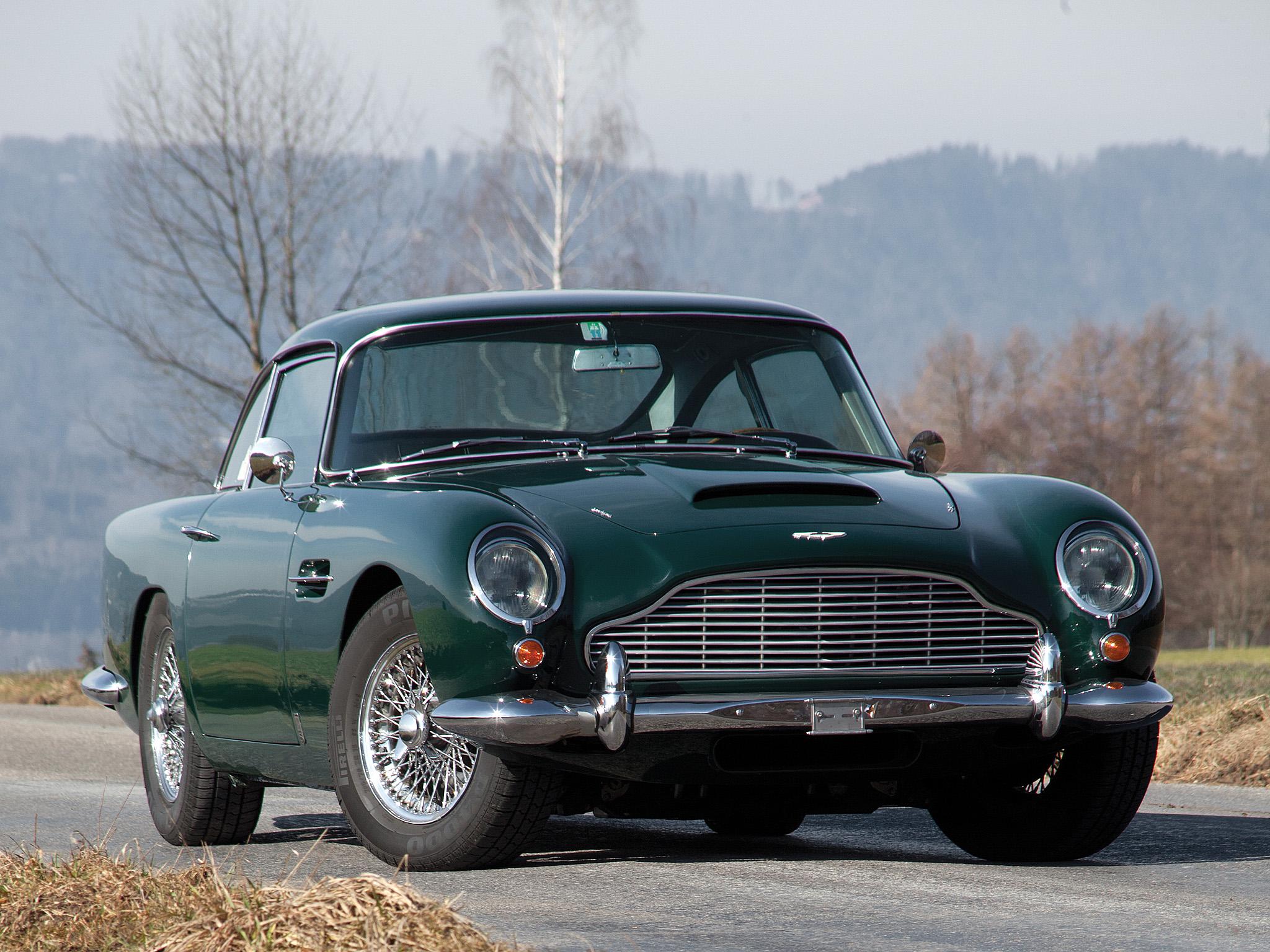 Aston Martin DB5 wallpaper 4 2048x1536