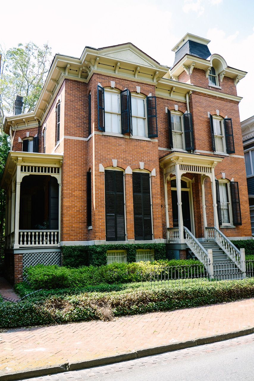 Homes and Gardens Savannah GA Youre Welcome Savannah Style 854x1280