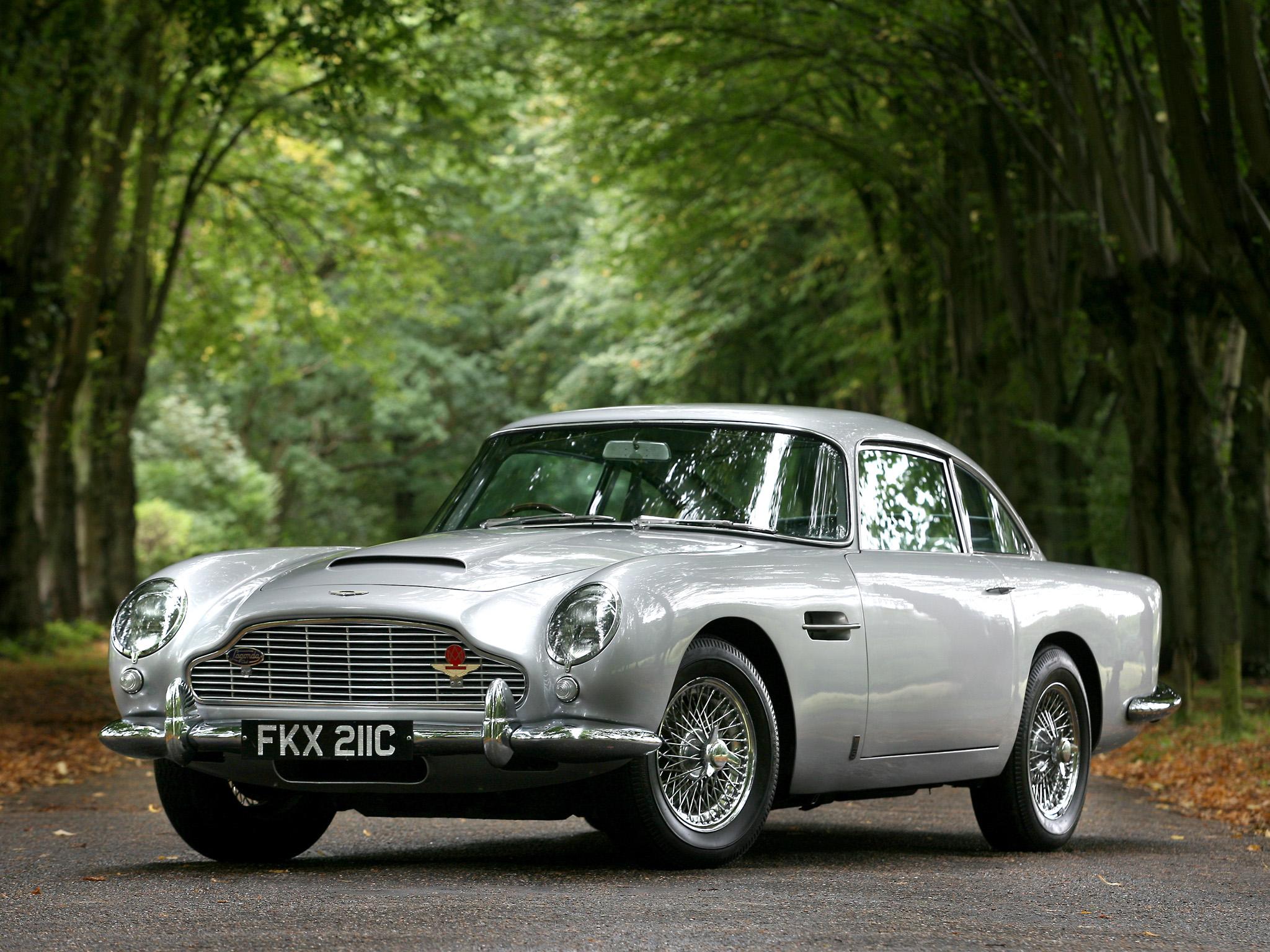 Aston Martin DB5 UK spec 19631965 wallpaper 2048x1536