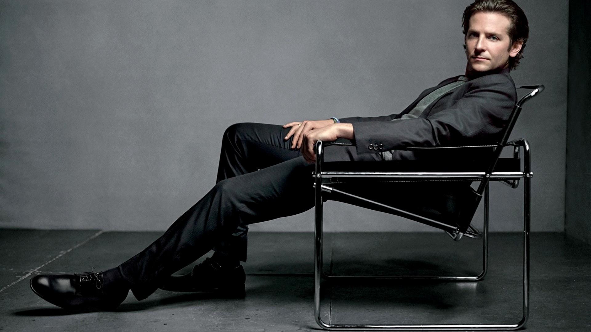 Bradley Cooper Dark Suit Desktop Wallpaper 1920x1080