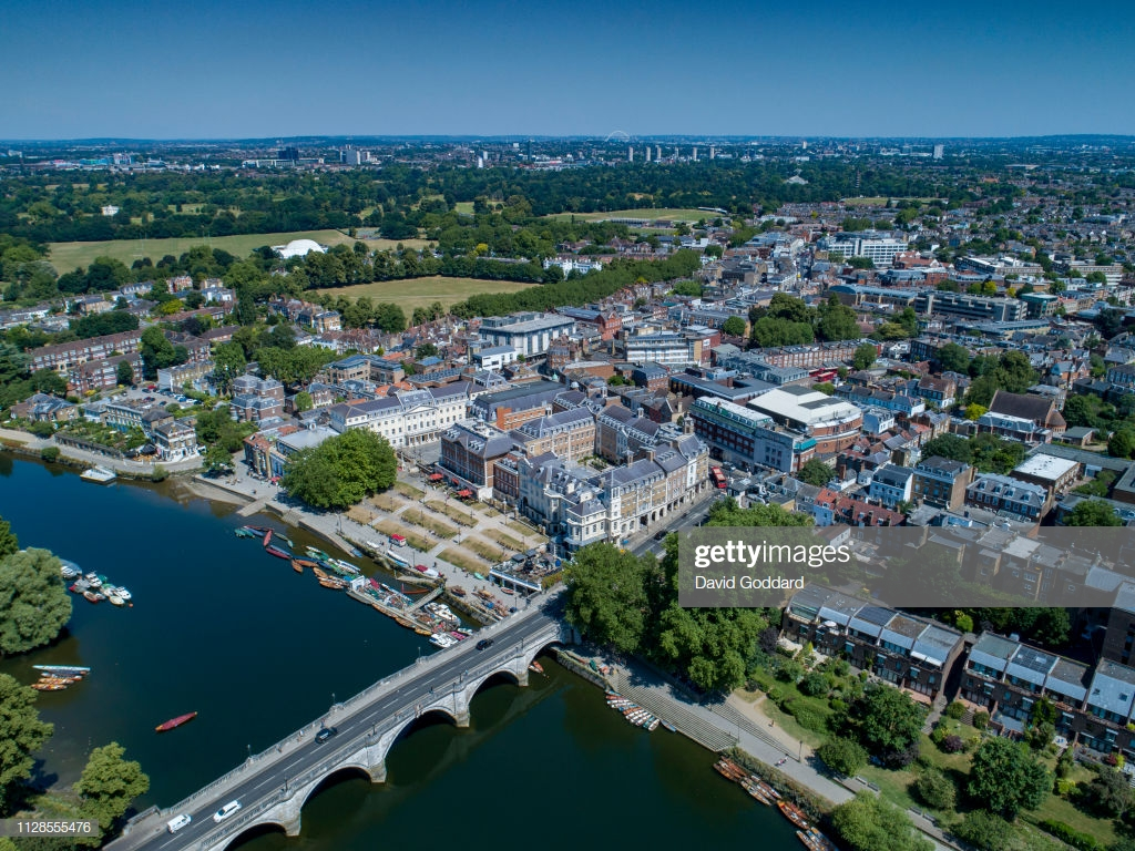 KINGDOM Aerial view of the affluent town of Richmond located on 1024x768